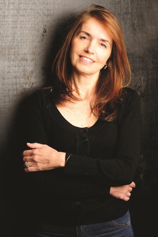 Gloria V. Casañas